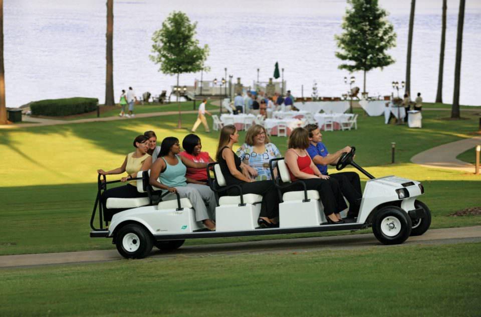 Voiture de golf golfette Club Car Villager 8 IQ 8 places 1